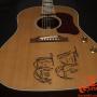 Gibson-J160-E-John-Lennon-70th-Anniversary Museum-Model-4.1