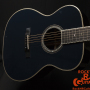 Martin-OM-ECHF-Eric-Clapton-Navy-Blues-with-electronics-Limited-Edition-number-116.12